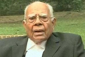 Ram Jethmalani writes to Nitin Gadkari, questions criticism of CBI chief appointment