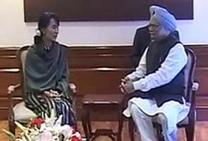 Suu Kyi in India after 40 years, meets PM