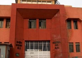 Sex racketeer attempts suicide in Tihar jail