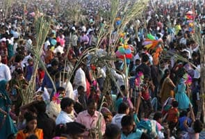 Millions pray to Sun to mark end of Chhath