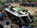 Eight killed in Pakistan bus accident