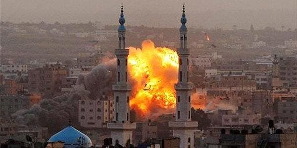 Israel bombards Gaza Strip, shoots down rocket, Egyptian President hints at possible ceasefire