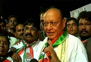 Gujarat polls: Election Commission issues notice to Congress leader Shakersinh Vaghela over hate speeches
