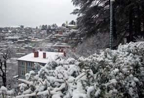 Hills near Shimla, Manali get season's first snow