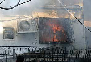 Syria bombards rebel area near Turkish border