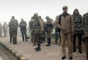 Delhi gang-rape protests: police clamp prohibitory orders in New Delhi