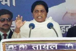 New deadlock over quota bill, it's Mulayam vs angry Mayawati
