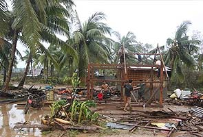Typhoon kills at least 283, hundreds missing, in Philippines