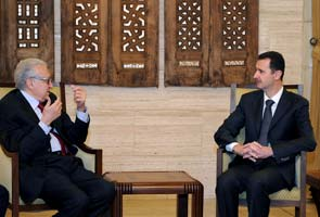 Syria envoy calls for political change to end conflict