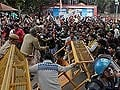 At Jantar Mantar protests, five detained for trying to break police barricades