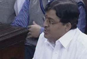 Govt wants to experience kolaveri first hand: AIADMK during FDI debate
