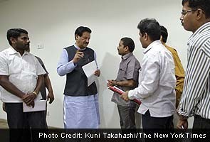 Indian state official takes on corruption in Mumbai