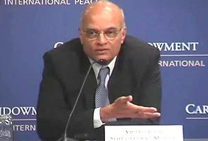 National Security Advisor Shiv Shankar Menon holds talks with Chinese counterpart
