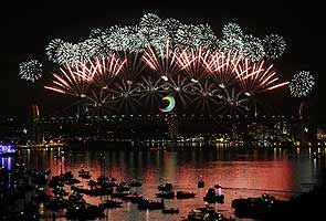 World to welcome in New Year with a bang