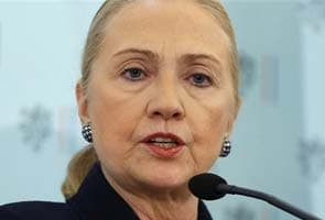 Hillary Clinton suffers clot behind right ear, full recovery seen