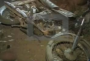 Motorcycle bomb kills four in Karachi