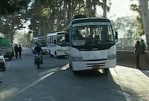 India-Pakistan bus and trade services resume after two weeks
