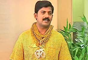 Pune politician wears a Rs 1.25 crore shirt. It is made of gold