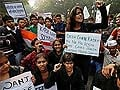 Gang-rape victim's father wants her name revealed