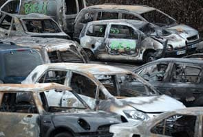 France counts 1,193 cars torched on New Year's Eve