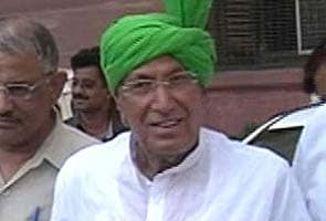 Om Prakash Chautala's sentencing today: supporters create ruckus outside court, cops resort to lathicharge
