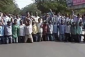 Pro-Telangana activists stage protests in Hyderabad, court arrest