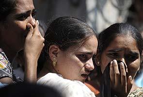 Hyderabad bomb blasts: among 16 dead, at least three students