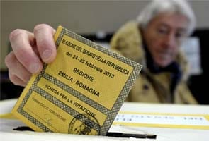 Gloomy Italians vote in election crucial for euro zone