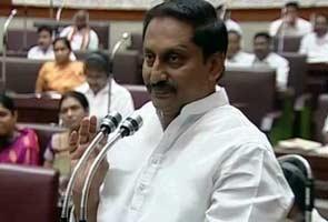 Telangana's future: Andhra Pradesh chief minister meets Sonia Gandhi