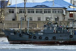 Japan plans to give patrol boats to Manila: report