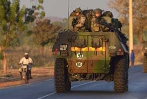 30 French warplanes blast Islamist targets in Mali
