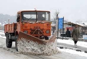 Landslides cause closure of Jammu-Srinagar highway