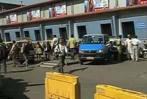 Bharat bandh: in Mumbai, public transport, dabbawalas work as usual