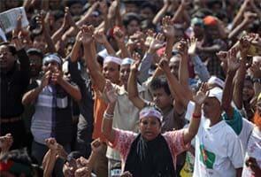 Bangladesh death toll over death sentence for Islamic leader reaches 42