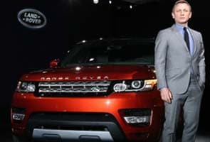 Range Rover Sport revealed in New York by James Bond