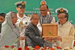 Pranab Mukherjee receives Bangladesh's second highest award