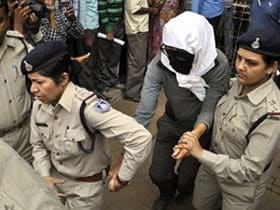 After Swiss tourist's gang-rape, UK issues travel advisory for India