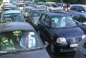 Delhi government hikes parking fee by 50 per cent