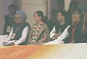 PM, Sonia Gandhi and Rahul to campaign for Karnataka Assembly polls