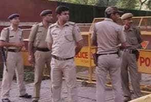 142 people arrested for chaos at Home Minister Sushil Kumar Shinde's house