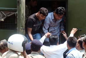 Chit fund letter-bomb names Nalini Chidambaram, Trinamool attacks
