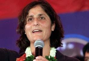 Sunita Williams charms children in Mumbai