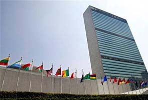 United Nations overwhelmingly approves global arms trade treaty