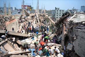 Bangladesh building collapse kills at least 70, hundreds injured