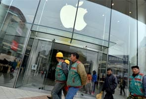 Apple's chief apologises to China over warranty policy