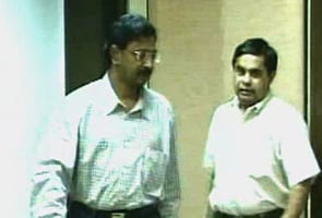 Andhra government assigns local court for Satyam scam trial