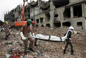 Bangladesh factory building collapse death toll crosses 1000