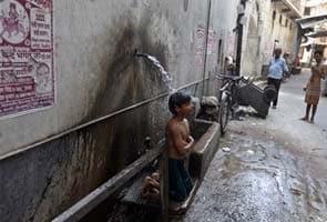 No relief from searing heat for Delhi, minimum temperature rises