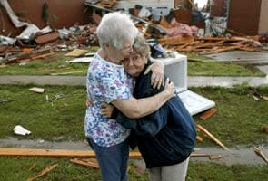 Tornadoes slam central US; one dead in Oklahoma