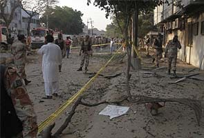 Bombs kill four, wound 20 on Pakistan election eve